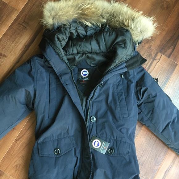 0027cea5d880 Canada Goose Jackets   Blazers - Authentic Canada Goose Down Winter Jacket